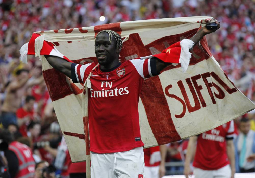 Arsenal fans serenade Bacary Sagna with 'we want you to stay' chants on FA Cup parade