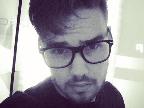 Liam Payne unleashes his inner geek in sexy selfie