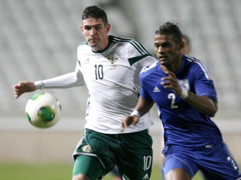 Kyle Lafferty becomes Norwich City's second signing of the summer