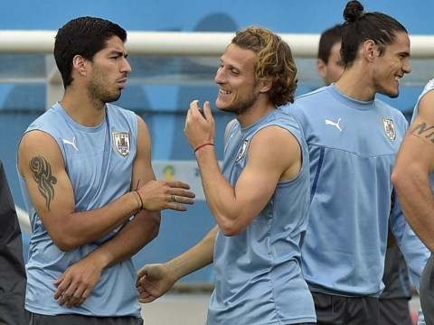Uruguay players 'threaten to boycott' last 16 clash with Colombia over Luis Suarez ban