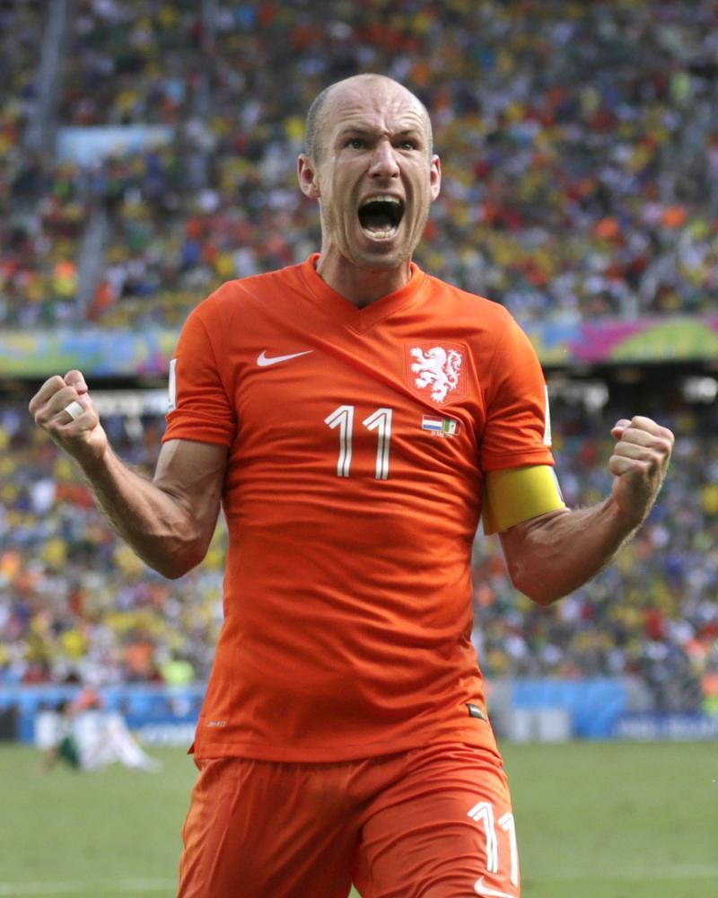 Arjen Robben inspires Holland into World Cup quarter-finals