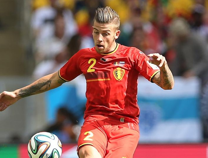 RIO DE JANEIRO, BRAZIL - JUNE 22: Toby Alderweireld of Belgium controls the ball during the Group H match of the 2014 World Cup between Belgium and Russia at The Maracana Stadium on June 22, 2014 in Rio de Janeiro, Brazil. Ian MacNicol/Getty Images