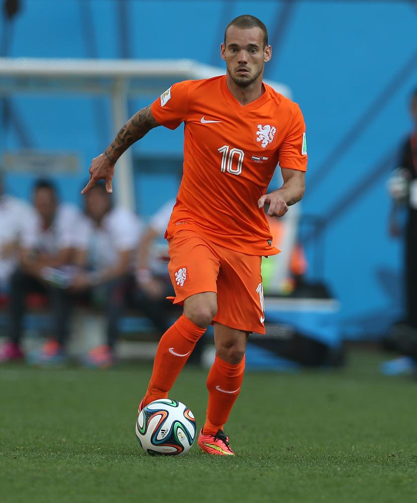 Will the real Wesley Sneijder please stand up?