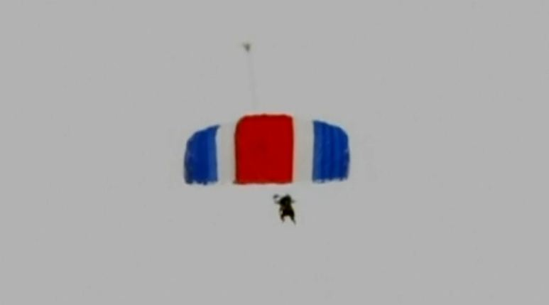 Happy Birthday, Mr President: George Bush Snr celebrates 90th with a skydive