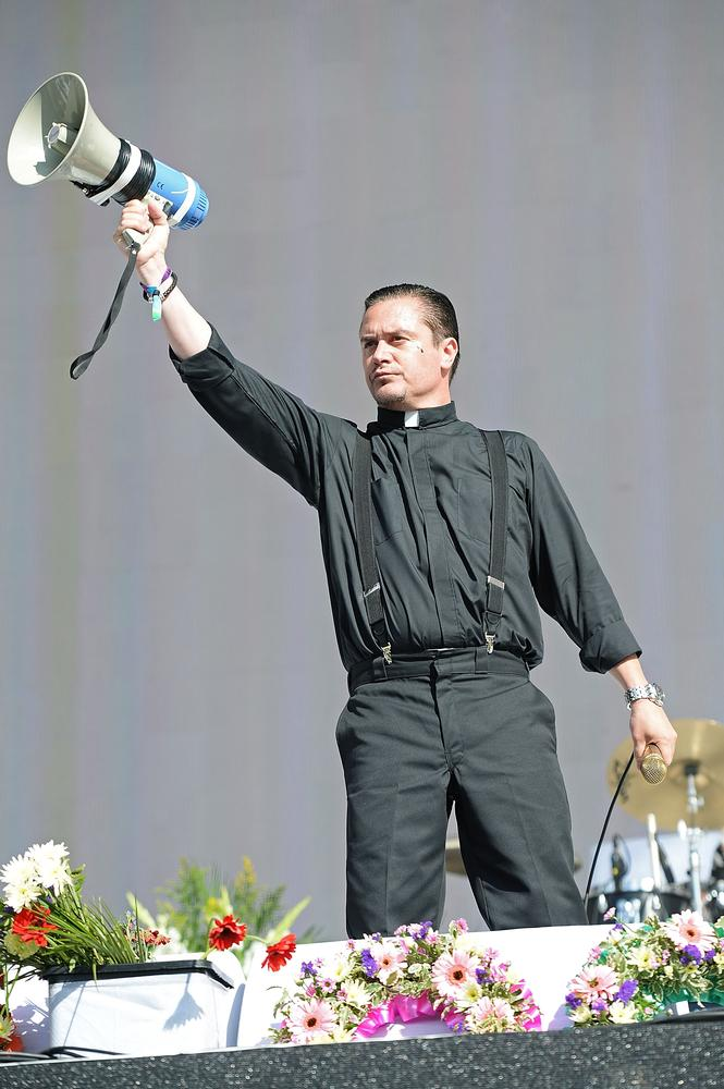 Faith No More summon the power of Christ and premiere new songs at Hyde Park