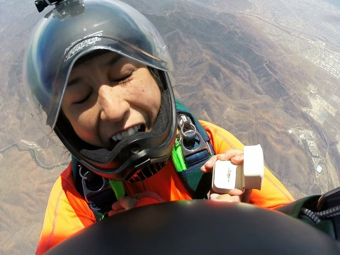 Man proposes to girlfriend at 12,500 ft during tandem skydive, drops ring