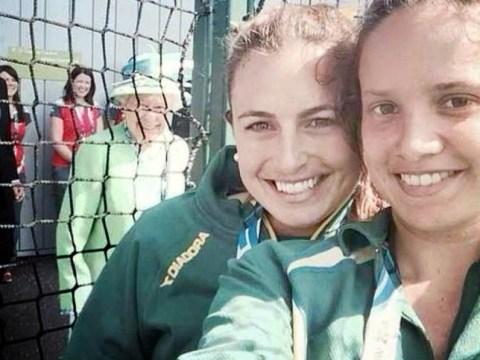 The Queen photobombs Australian hockey star's selfie at Commonwealth Games