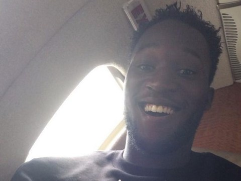 Romelu Lukaku jets to complete Everton transfer on five-year contract