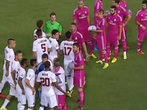 Seydou Keita refuses to shake hands with Pepe over racism claims and throws water bottle at Real Madrid man