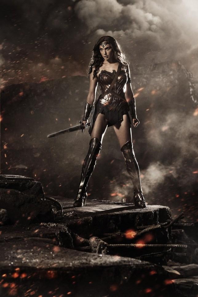 wonder woman, gal godot, batman v superman