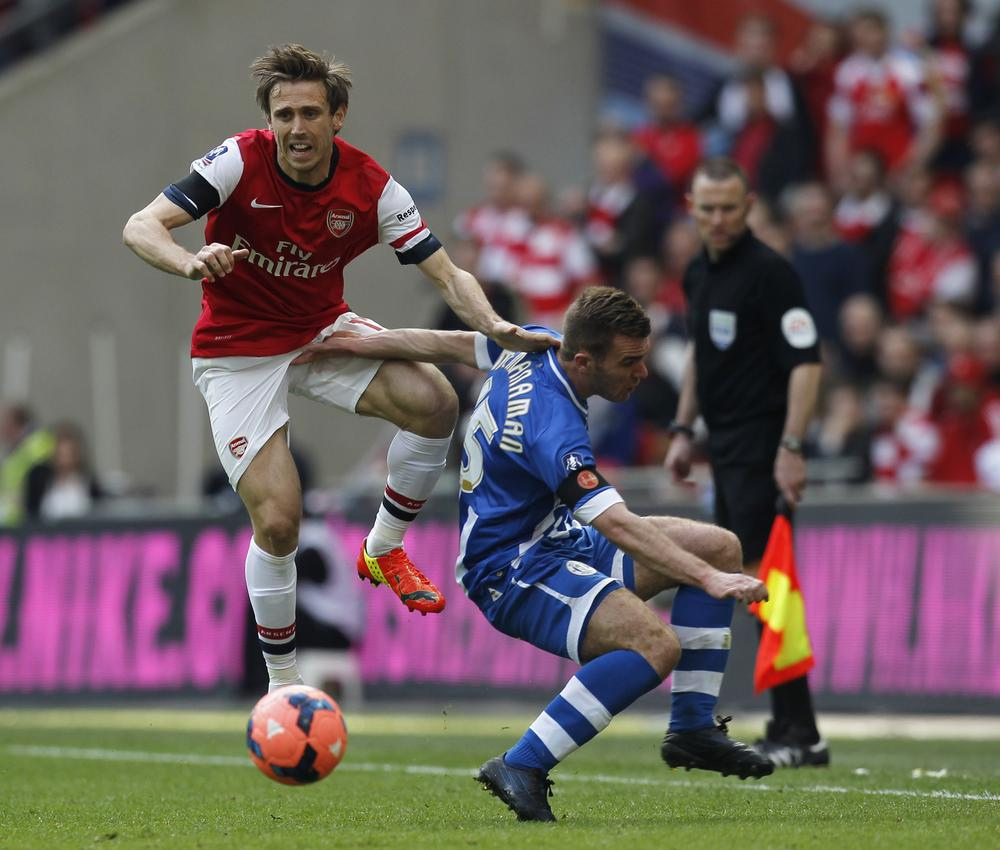 Arsenal's Nacho Monreal eyed by Spanish side Athletic Bilbao but defender wants Gunners stay