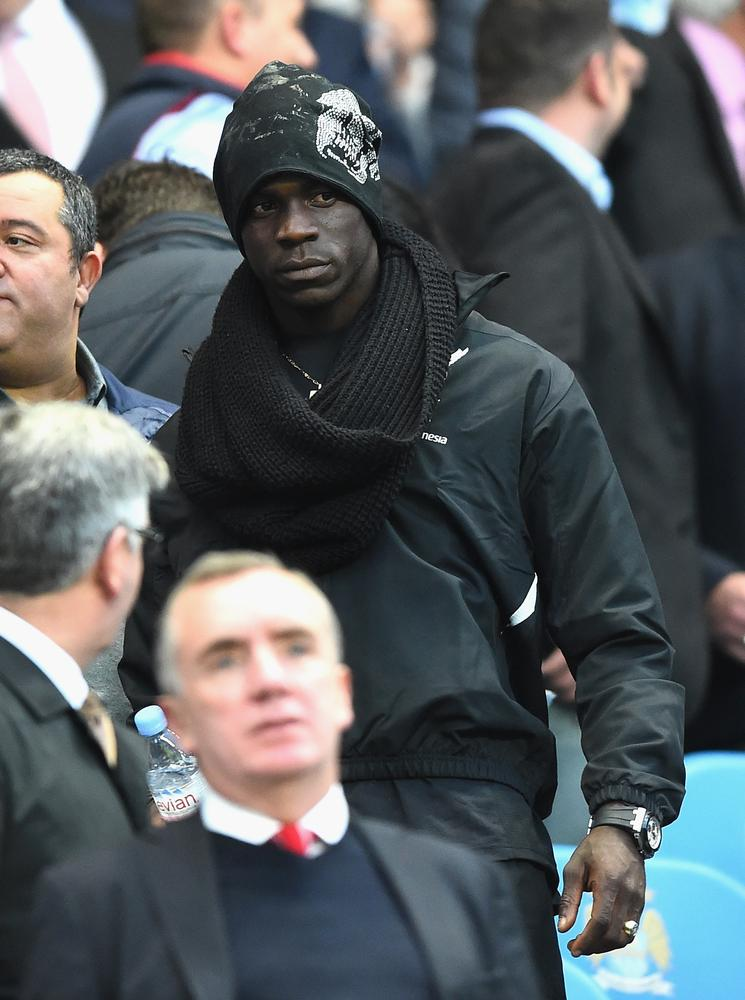 Manchester City show Mario Balotelli why they, and not Liverpool, are still the kings
