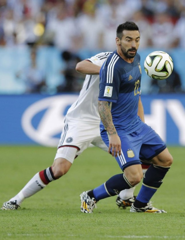 Argentina winger Ezequiel Lavezzi could stay at PSG (Picture: AP)