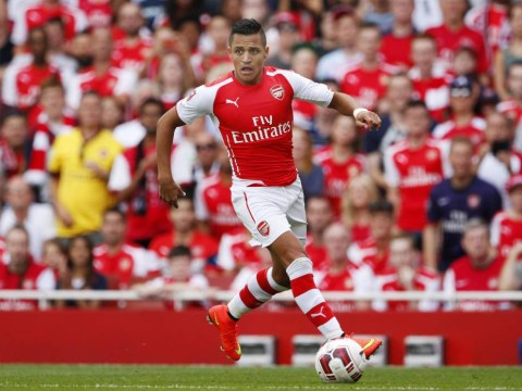 Arsenal new-boy Alexis Sanchez gets incredible reception from fans as he makes debut at Emirates Cup