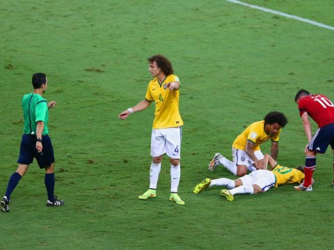 Colombia fan is suing Fifa for £800million because of bad refereeing