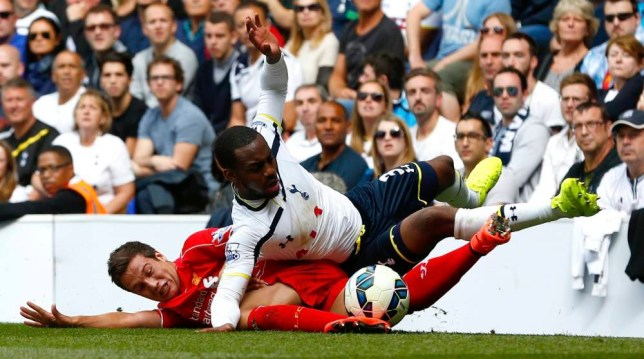 """Tottenham Hotspur's Danny Rose (top) is tackled by Liverpool's Javi Manquillo during their English Premier League soccer match at White Hart Lane in London August 31, 2014. REUTERS/Eddie Keogh  (BRITAIN - Tags: SPORT SOCCER TPX IMAGES OF THE DAY) NO USE WITH UNAUTHORIZED AUDIO, VIDEO, DATA, FIXTURE LISTS, CLUB/LEAGUE LOGOS OR """"LIVE"""" SERVICES. ONLINE IN-MATCH USE LIMITED TO 45 IMAGES, NO VIDEO EMULATION. NO USE IN BETTING, GAMES OR SINGLE CLUB/LEAGUE/PLAYER PUBLICATIONS. FOR EDITORIAL USE ONLY. NOT FOR SALE FOR MARKETING OR ADVERTISING CAMPAIGNS"""