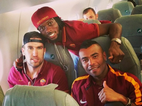 Ashley Cole is finally making friends at Roma – even if it's only an ex-Arsenal player!
