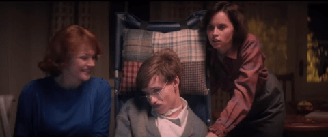 6 reasons the Stephen Hawking biopic The Theory of Everything is pure Oscar bait