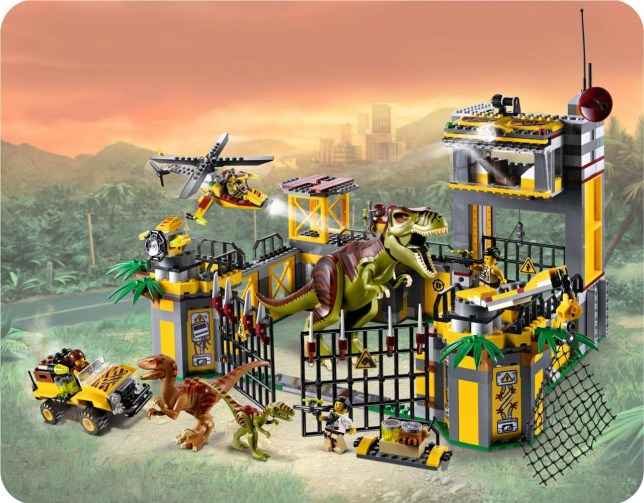 This is an old dinosaur set, from before Lego had the Jurassic Park licence