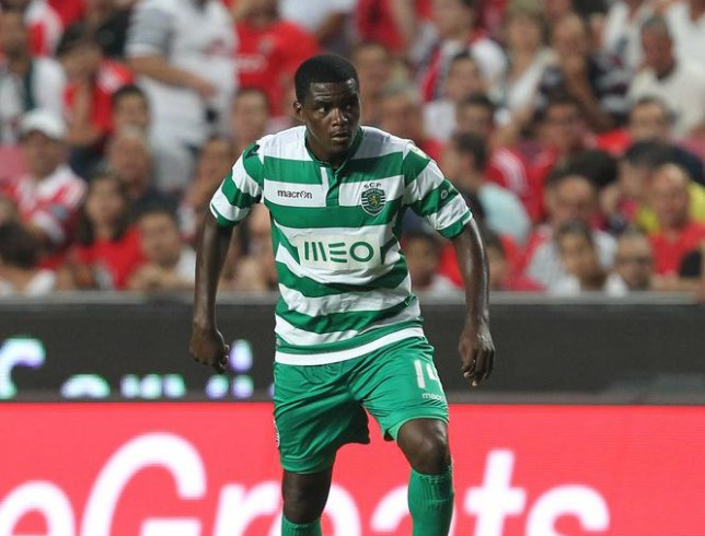 LISBON, PORTUGAL - AUGUST 31: Sporting's midfielder William Carvalho during the Primeira Liga match between SL Benfica and Sporting CP at Estadio da Luz on August 31, 2014 in Lisbon, Portugal. (Photo by Carlos Rodrigues/Getty Images). Carlos Rodrigues/Getty Images