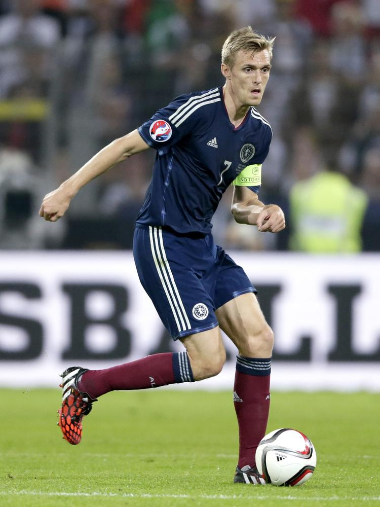 Will Manchester United's Darren Fletcher ever fulfil his Scotland promise?