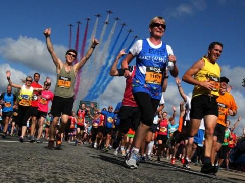Mo Farah triumphs as thousands take part in Great North Run 2014