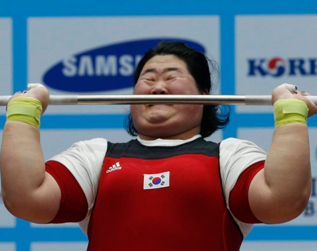 South Korea's Lee Hui-sol competes in the women's over 75kg clean and jerk weightlifting competition at the Moonlight Festival Garden during the 17th Asian Games in Incheon September 26, 2014.   REUTERS/Jason Reed  (SOUTH KOREA - Tags: SPORT WEIGHTLIFTING)