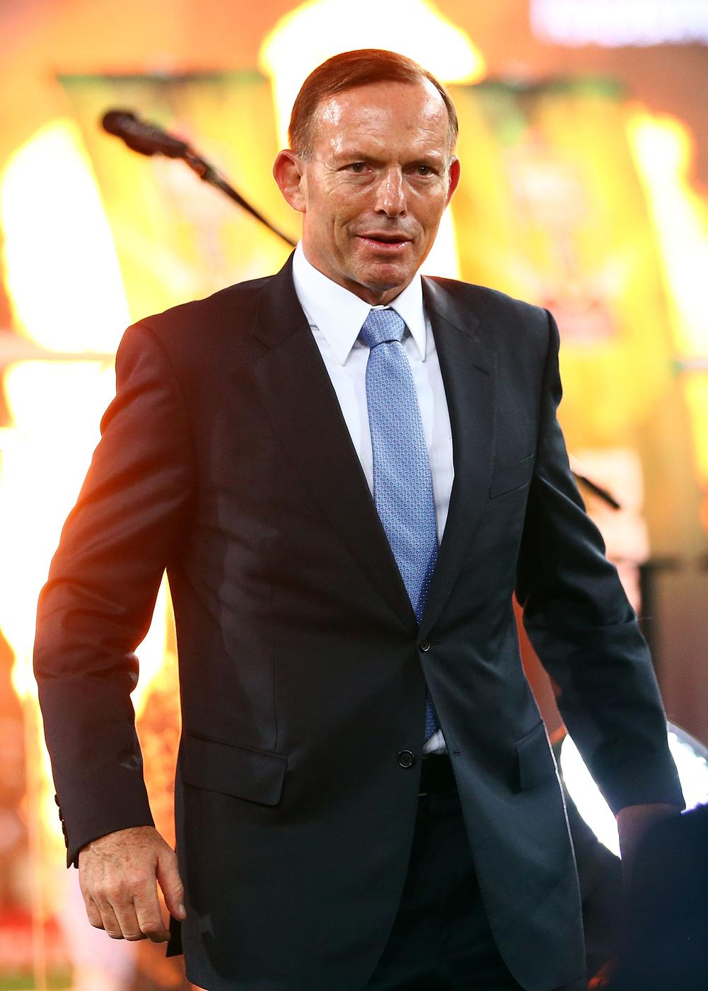 Aussie PM Tony Abbot gets booed at National Rugby League Grand final