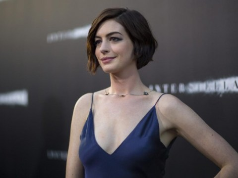 Anne Hathaway denies refusing to shake journalist's hand over Ebola fears
