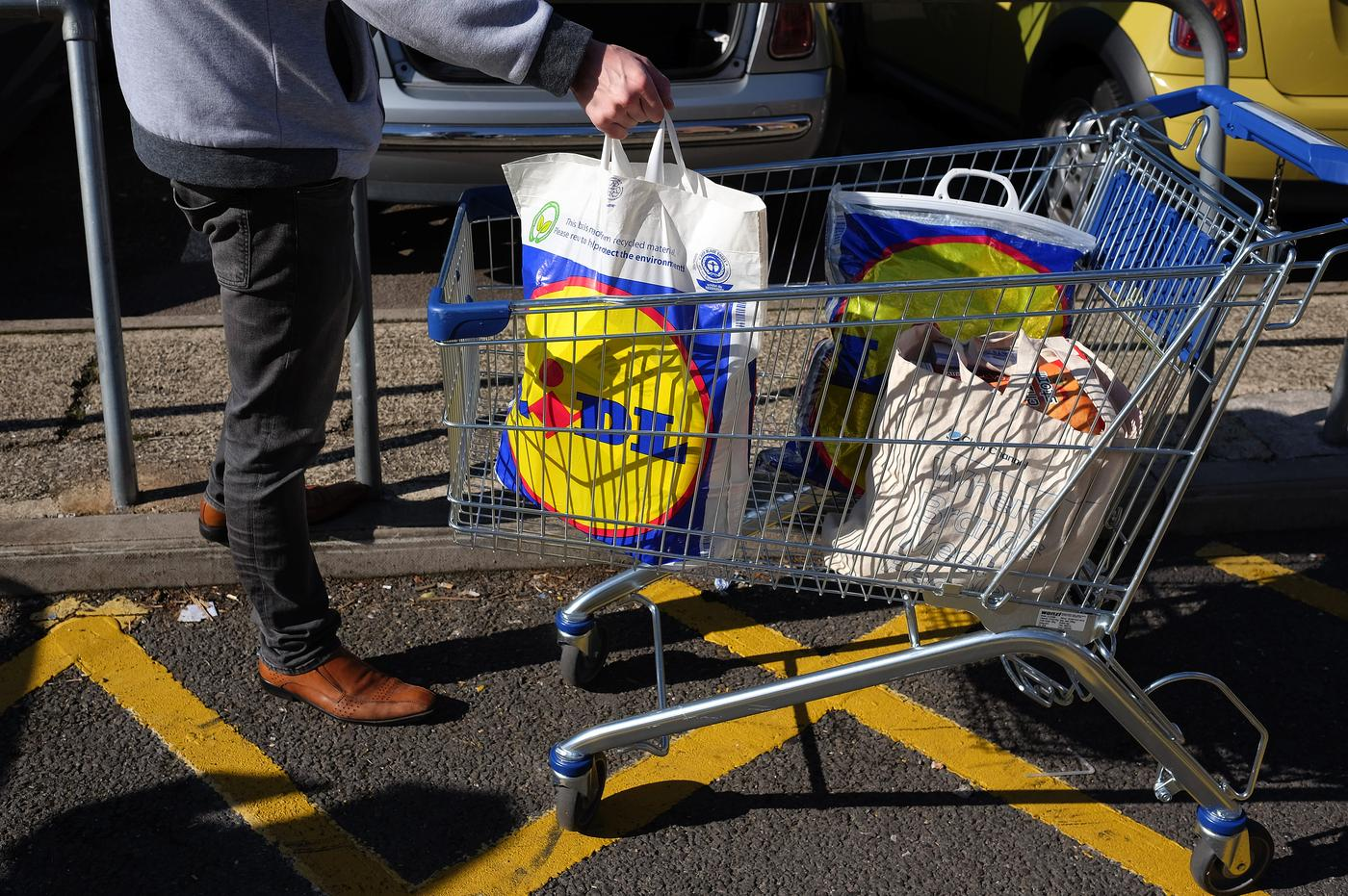 11 thoughts we all have when first shopping at Lidl