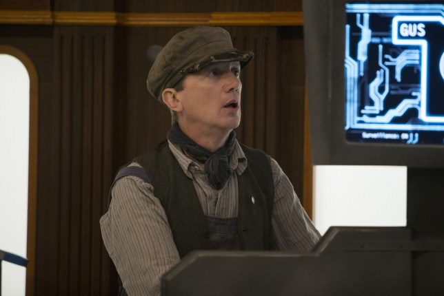 Doctor Who Episode 8: Frank Skinner plays Perkins in Mummy on the Orient Express