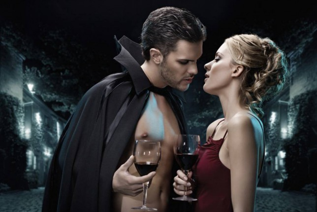 Halloween, Halloween party, Halloween makes you horny, People find love on Halloween, Halloween hook-up, Sexy Halloween costumes, Best nights to find love, Dating advice, Sex advice, MySingleFriend.com