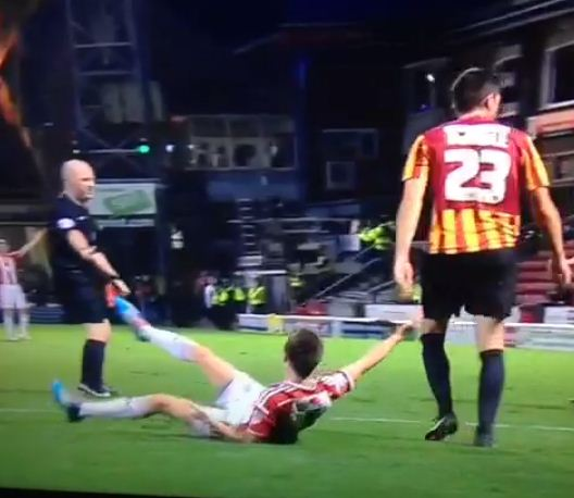 Referee somehow doesn't award the most obvious penalty in history during Bradford City v Sheffield United