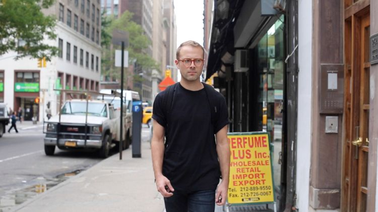 Watch what happens when a man walks for 10 hours around the streets of NYC