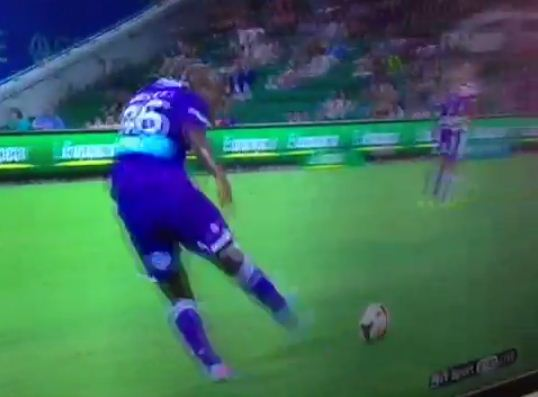 Ex-Arsenal and Chelsea man William Gallas retires – and this epic Perth Glory gaffe is probably why