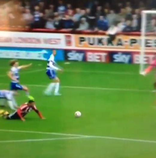 Brentford and Reading combine to produce some of the worst football you've ever seen