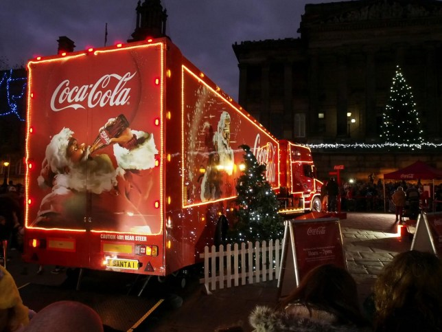 Coke Christmas Ads.The Best And Worst Of The Coca Cola Christmas Adverts