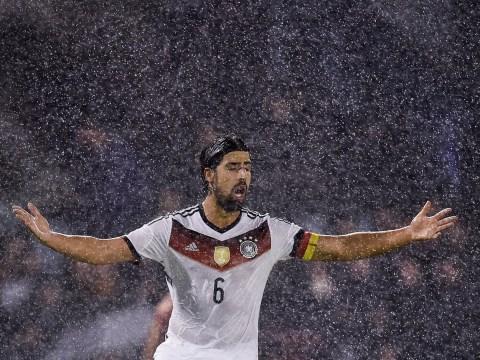 Arsenal dealt Sami Khedira transfer blow as midfielder 'signs pre-contract with Bayern Munich'