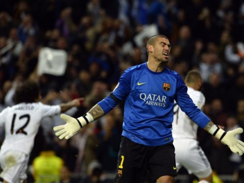 Manchester United dealt Victor Valdes injury blow ahead of Arsenal clash