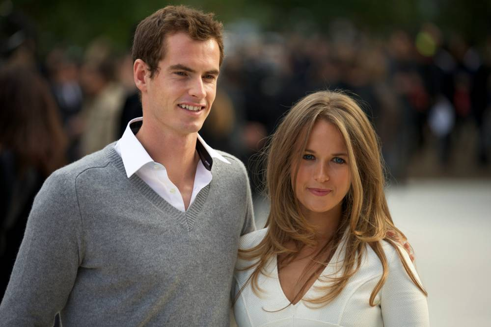 Andy Murray (L) and fiance Kim Sears
