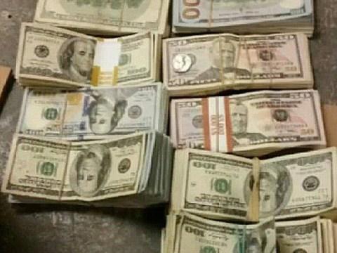 Burger King owner discovers $100,000 stashed in rucksack
