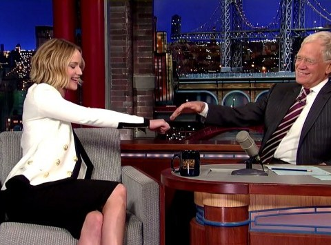 The moment Jennifer Lawrence sings with David Letterman and it's amazing