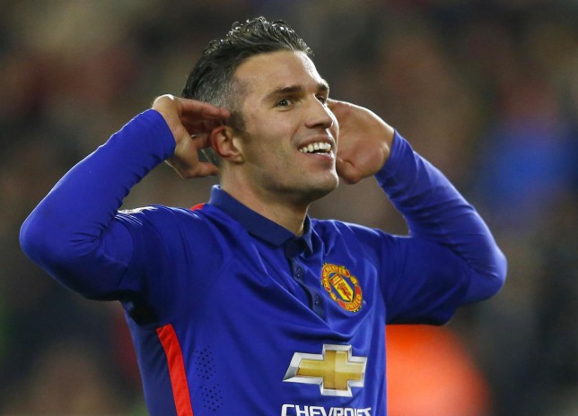 Manchester United's Robin van Persie bagged a brace in his team's 2-1 win over Southampton