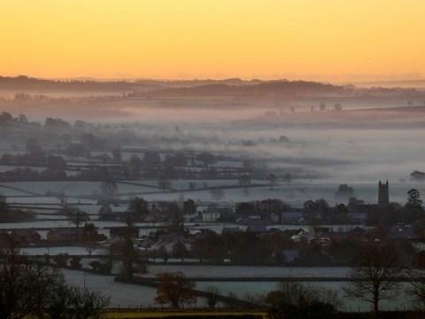 UK weather: Temperatures to plummet to -5C over Christmas