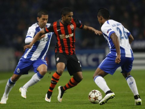 Douglas Costa drops massive hint to Jose Mourinho over Chelsea transfer wish