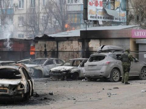 Ukraine crisis: 'Indiscriminate' rocket attack kills at least 20 in rebel offensive on Mariupol