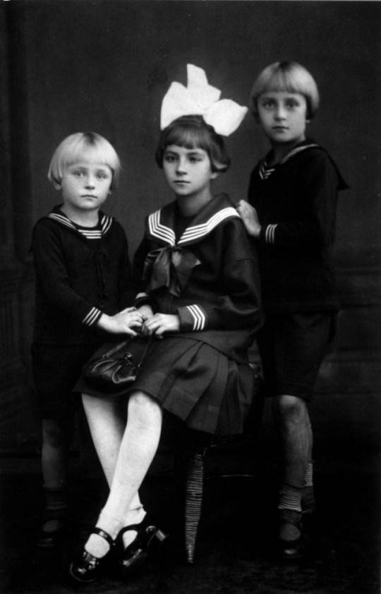 Albin Ossowski, avec sa soeur Antonia et son frère Edward.