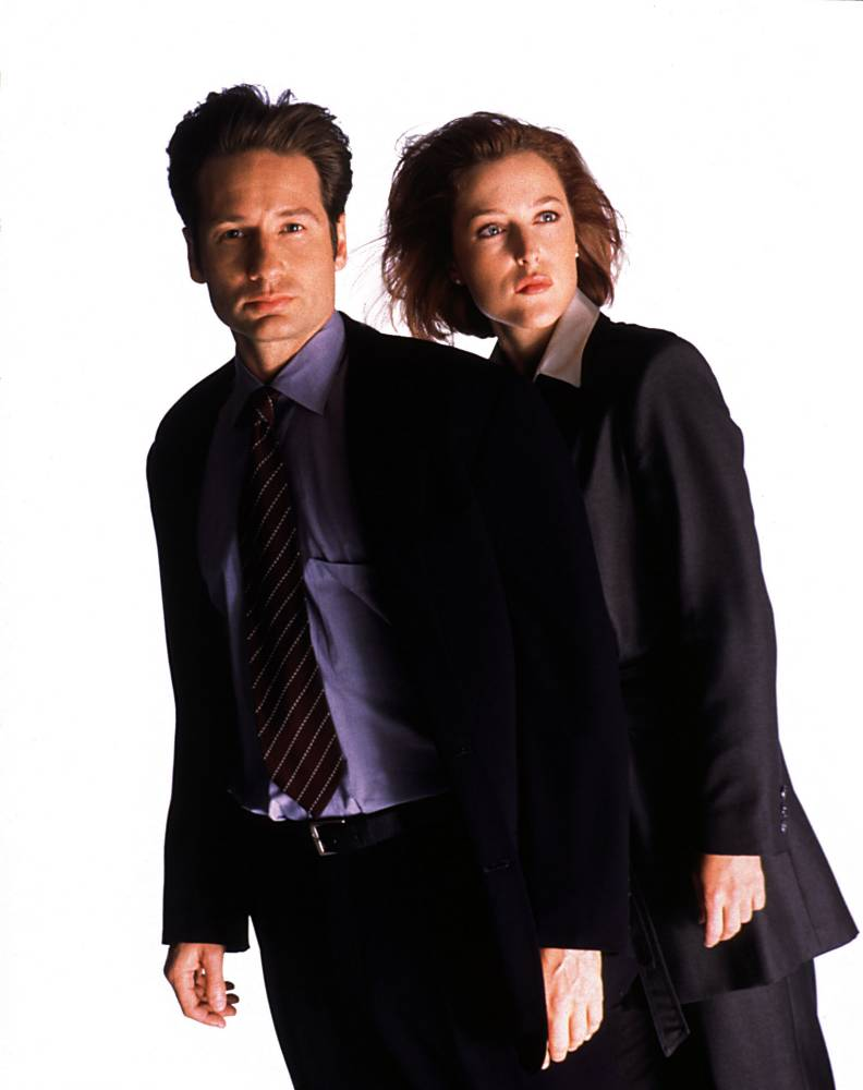 Mulder and Scully are officially back in this first look at the X-Files reboot