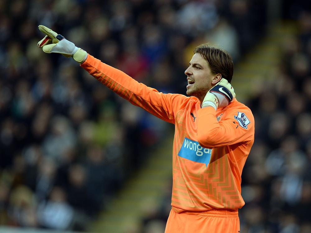 Manchester United line up Newcastle's Tim Krul if they lose David de Gea