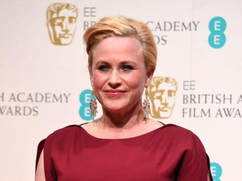 Doh: Stephen Fry calls Baftas 2015 winner Patricia Arquette 'Rosanna Arquette'